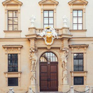 Palais-Liechtenstein-Fenstersanierung_quadratisch